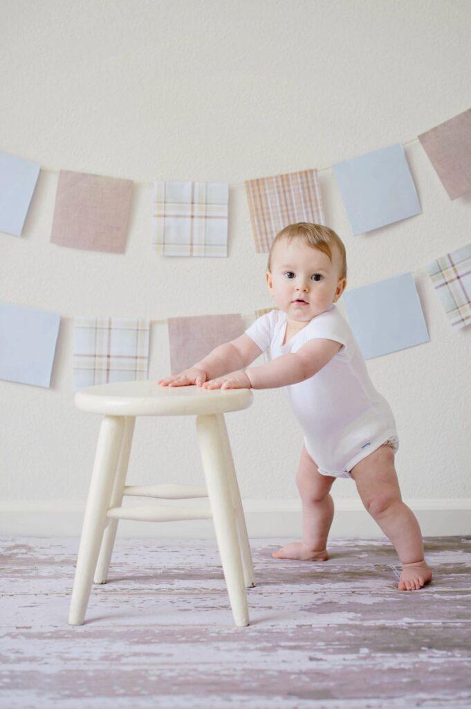 Giv din baby bedre balance med kravlestrømper
